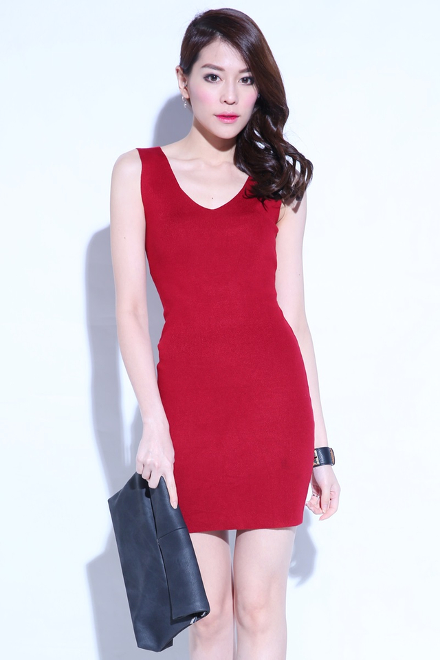 IN STOCK- V NECK BODYCON DRESS IN MAROON
