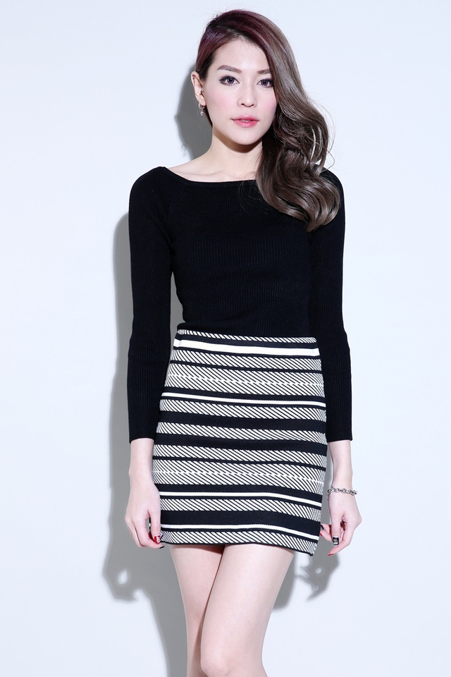 IN STOCK -  DECLAN KNIT TOP IN BLACK