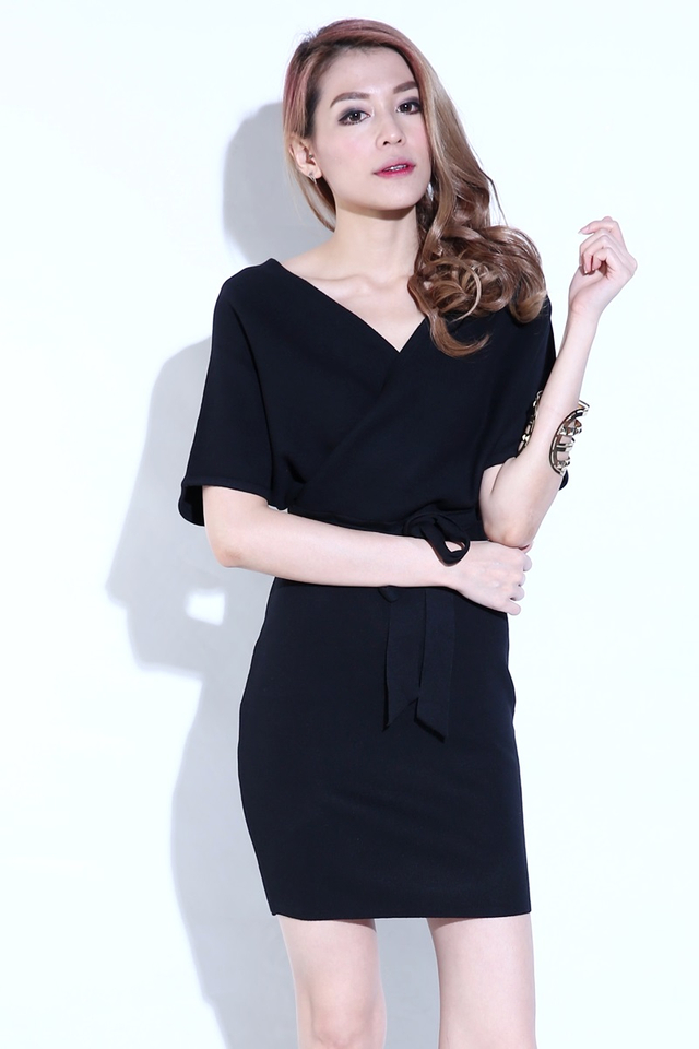 IN STOCK - SAGE KNIT DRESS IN BLACK ( SHORT SLEEVE)