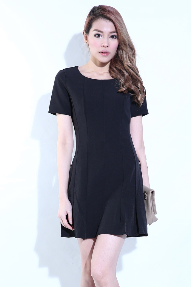 IN STOCK -Lindsay Pleated Dress in Black