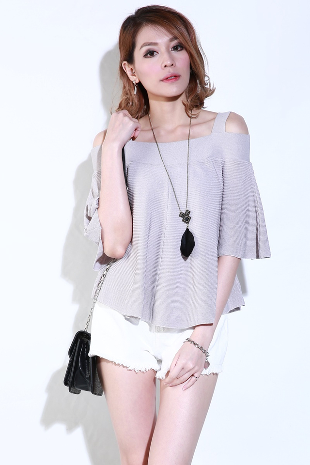 IN STOCK - KASSIE KNIT TOP IN LIGHT GREY