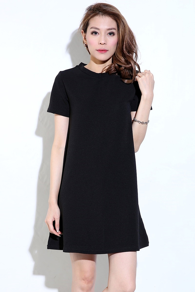 IN STOCK  - LITTLE BLACK DRESS
