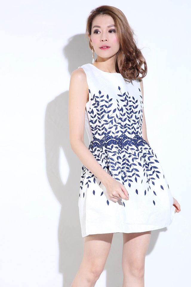 BACKORDER - Rogue Printed Dress in White
