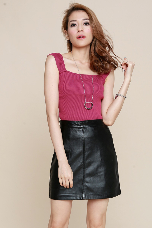 BACKORDER - Hira Faux Leather Skirt in Black