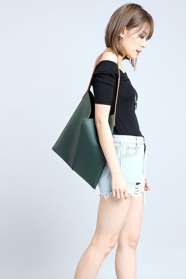 (BACKORDER) Issey Tote Bag in Green