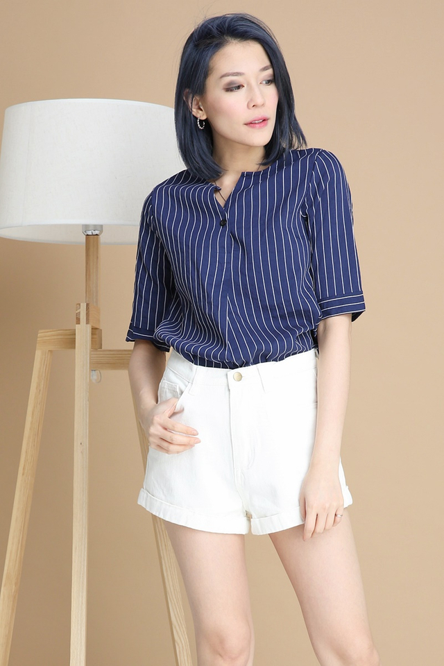 BACKORDER -CLIFF STRIPES TOP IN DARK BLUE