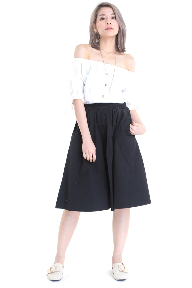 BACKORDER- ABEL POCKETS SKIRT IN BLACK