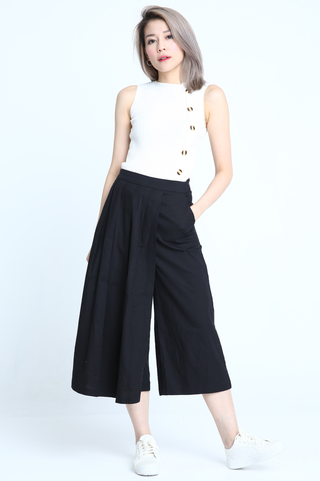 BACKORDER - LYRA OVERLAP PANTS IN BLACK