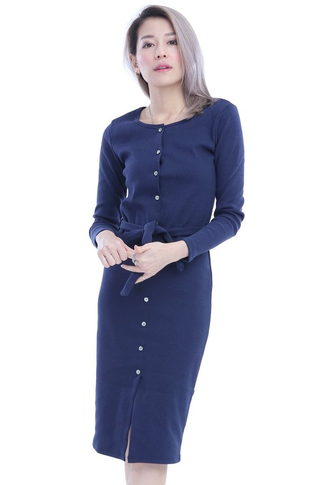 BACKORDER - RANIA BUTTON DOWN DRESS IN NAVY