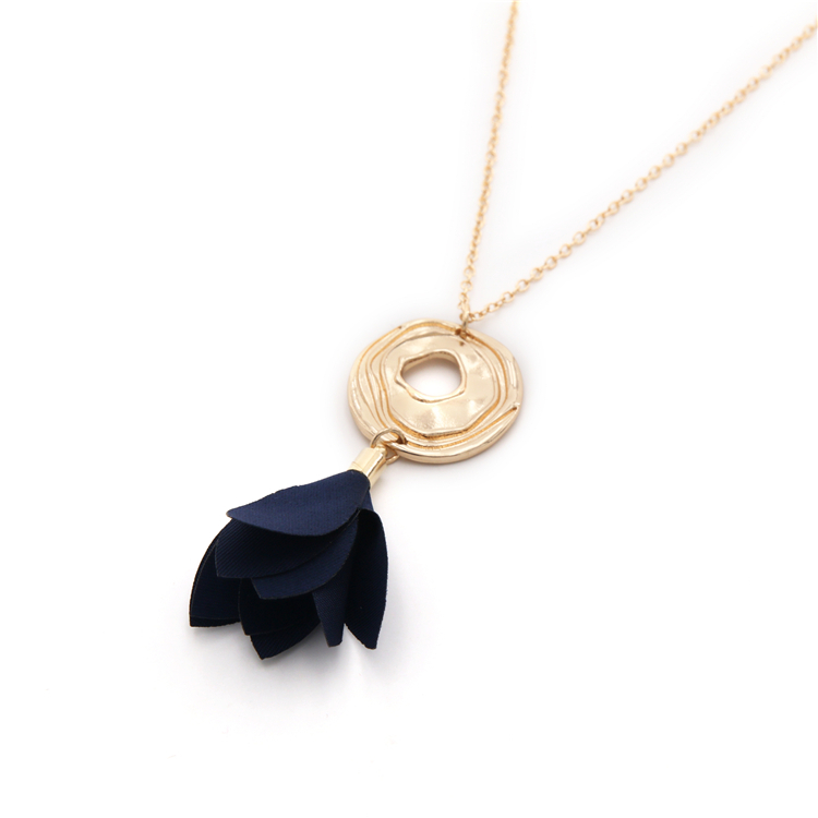 IN STOCK - NECKLACE 072