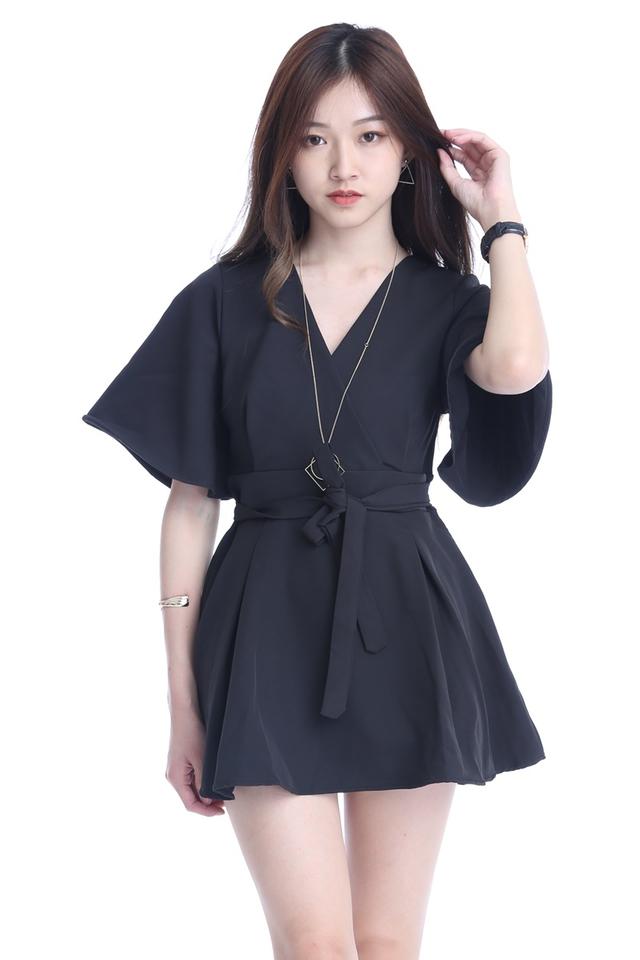 BACKORDER -  FETTI DRESS IN BLACK (WITH INNER PANTS)