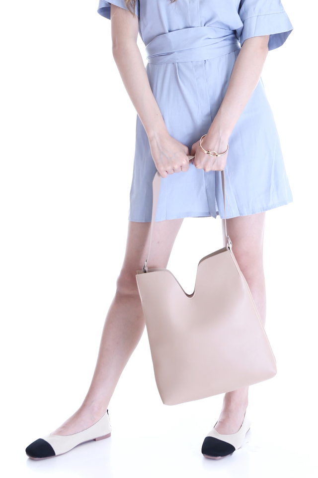 BACKORDER - FLAVIA  SHOULDER BAG IN BEIGH