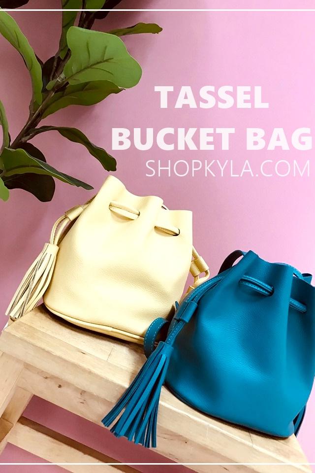 IN STOCK - TASSLE BUCKET BAG