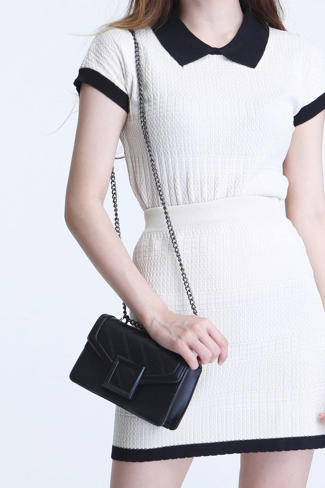 BACKORDER - SAMPA SMALL SLING BAG IN BLACK