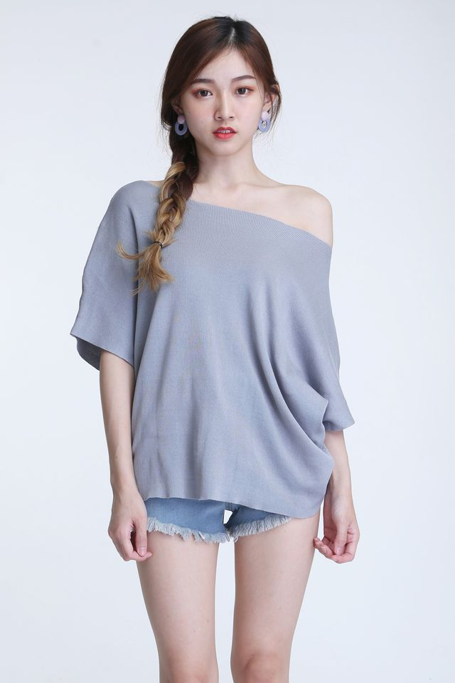 BACKORDER - OVERSIZE KNIT TOP IN GREY