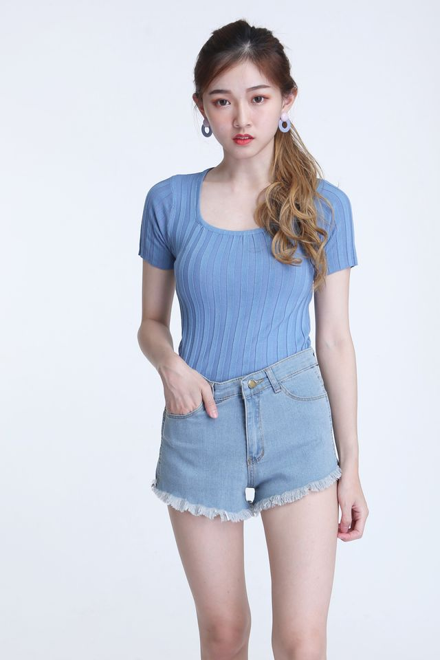 BACKORDER - CORRA KNIT TOP IN BLUE