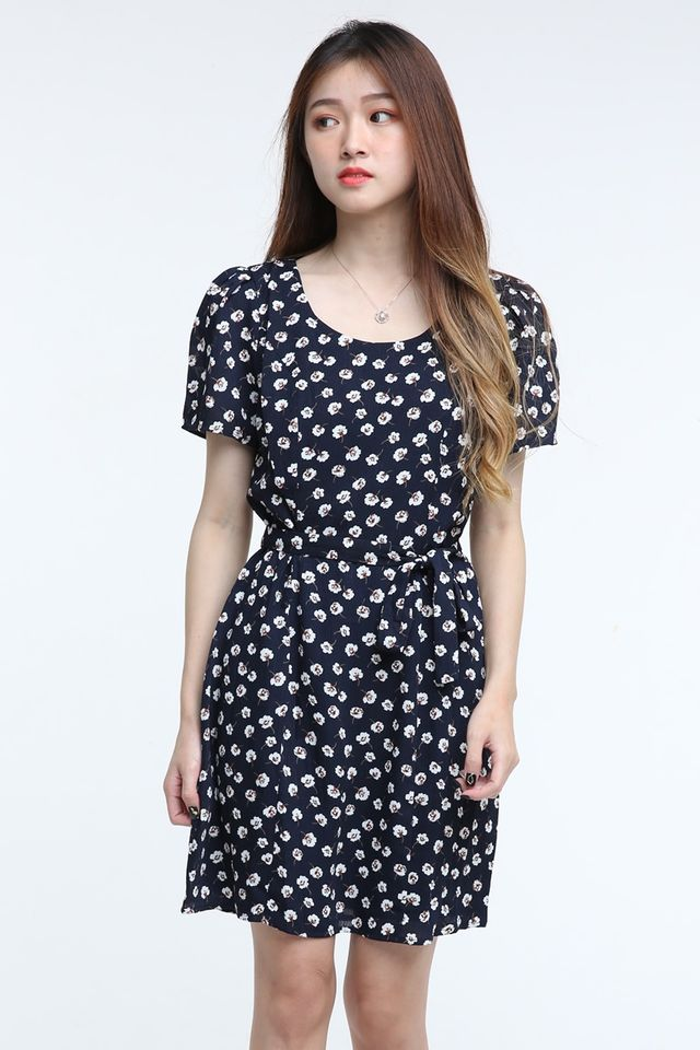 BACKORDER- KERRI FLORAL DRESS NAVY BLUE