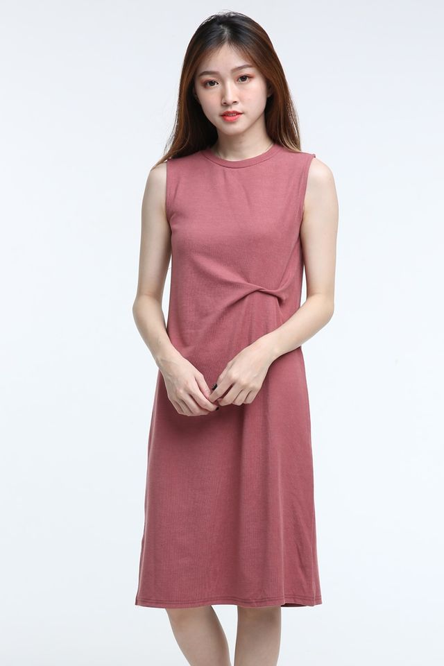 BACKORDER- JANIS DRESS IN BRICK BROWN