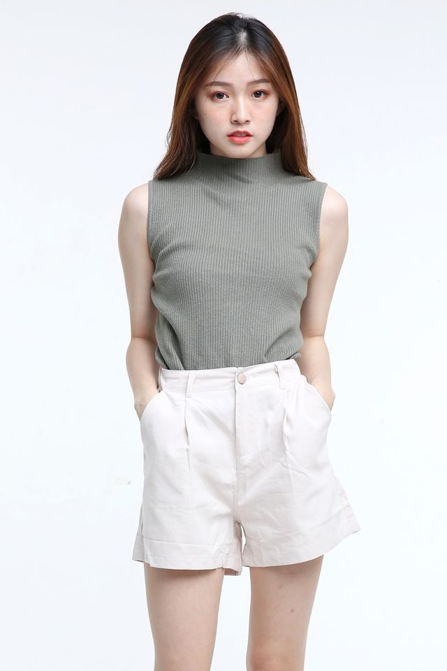 IN STOCK - EMERSON KNIT TOP IN DULL GREEN