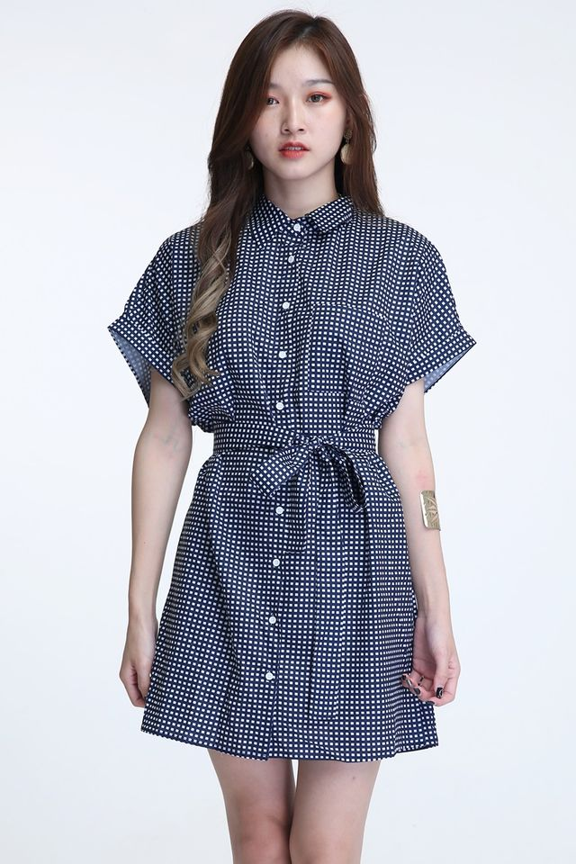 IN STOCK- FAITH SHIFT BUTTON DOWN DRESS IN BLACK WHITE