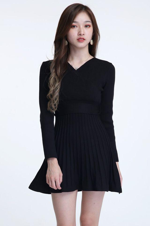 BACKORDER - DARCY KNIT DRESS IN BLACK