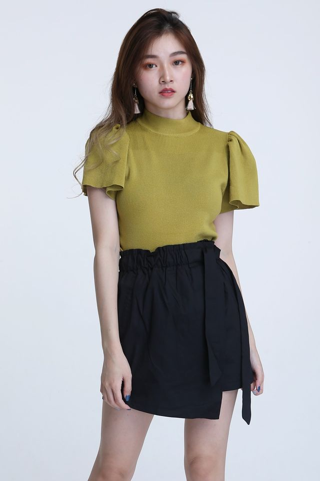 BACKORDER- ARVID TOP IN MUSTARD GREEN