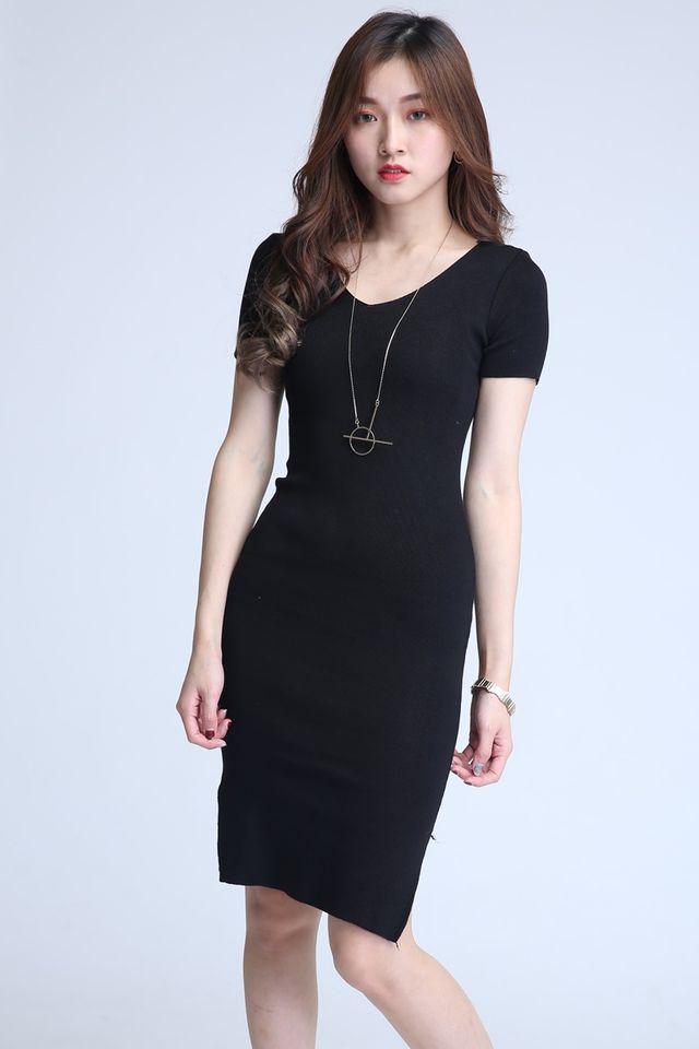 BACKORDER  - ZIDORA KNIT DRESS IN BLACK (LONG )