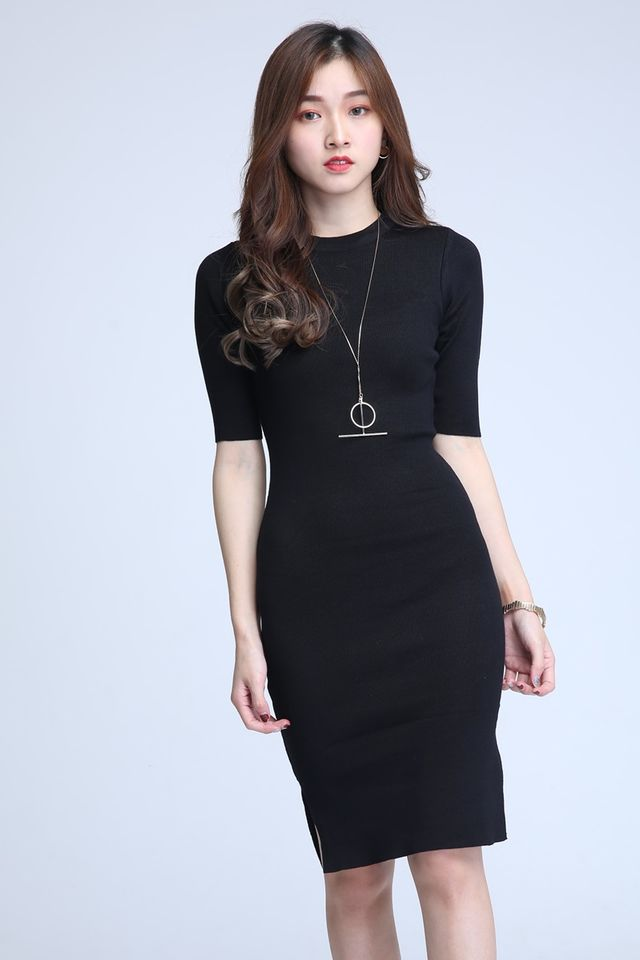 IN STOCK- WAYLON KNIT DRESS IN BLACK