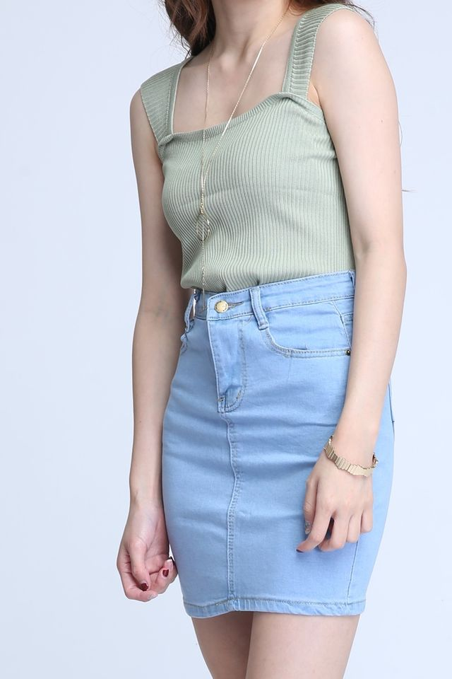 BACKORDER - ALFRED TOP IN GREEN