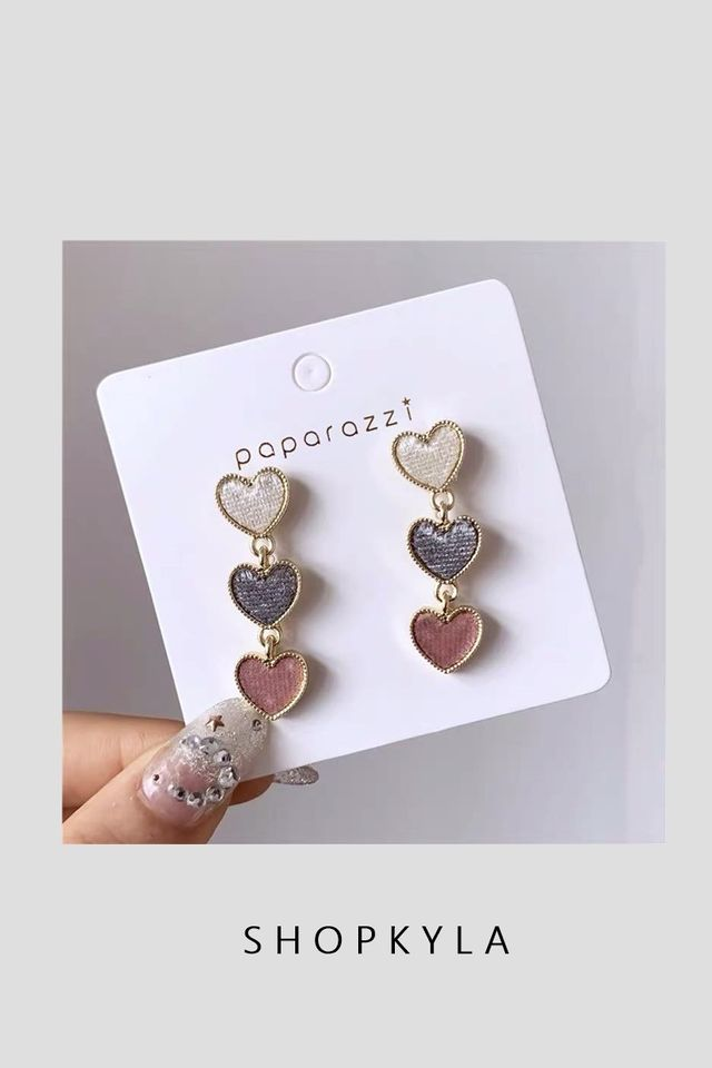 IN STOCK- EARRINGS D69