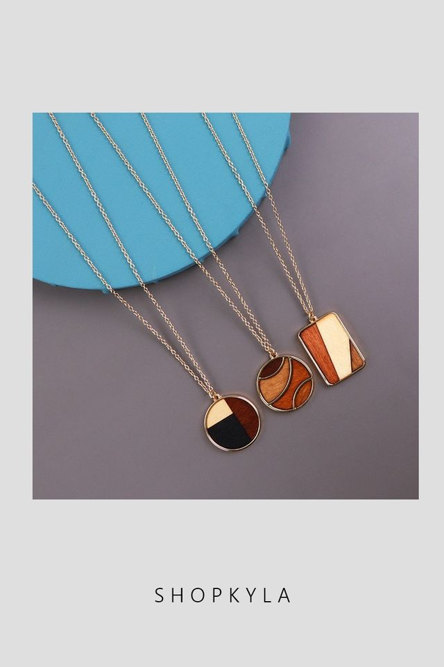 IN STOCK - NECKLACE  D83