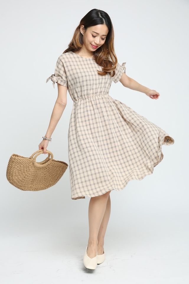 IN STOCK- ANA RETRO CHECKERED DRESS IN BROWN
