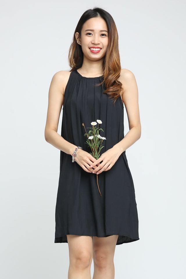 SG IN STOCK-  ADARA LOOSE CUTTING DRESS IN BLACK