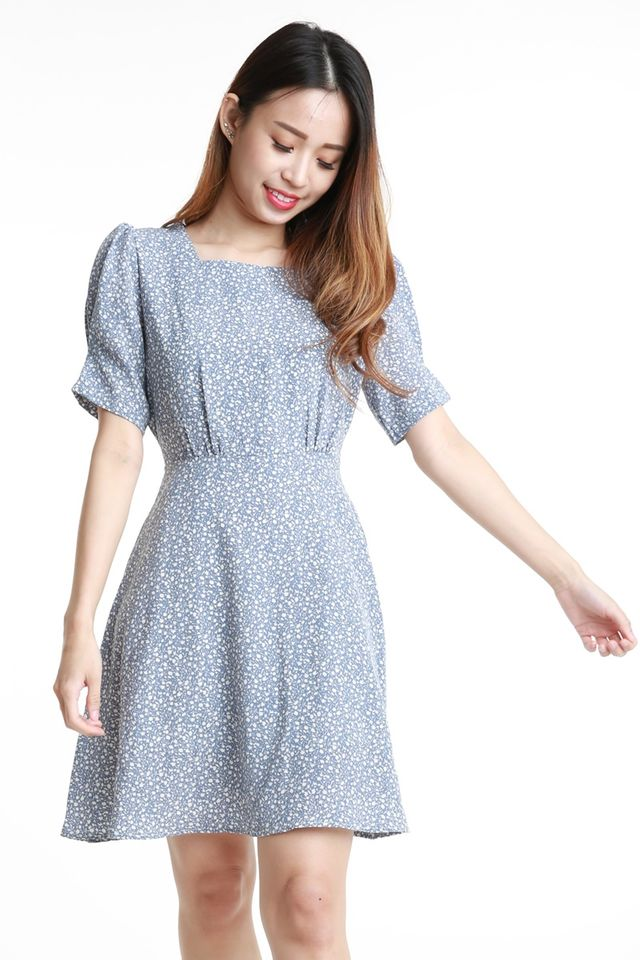 SG IN STOCK - JESSE FLORAL DRESS IN BLUE