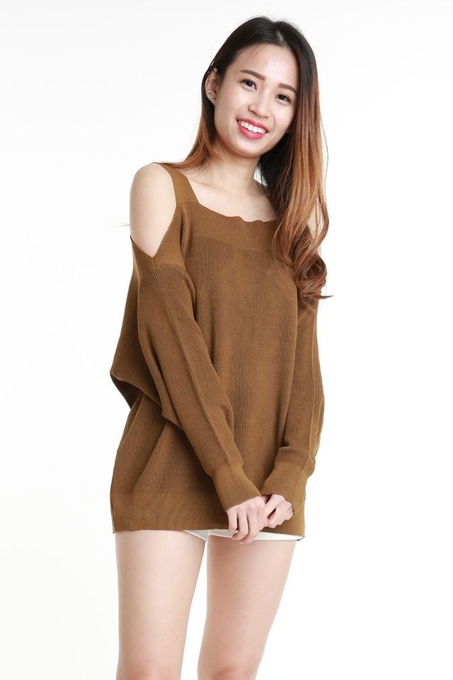 BACKORDER  - OLIVIA OVERSIZE KNIT TOP DARK BROWN