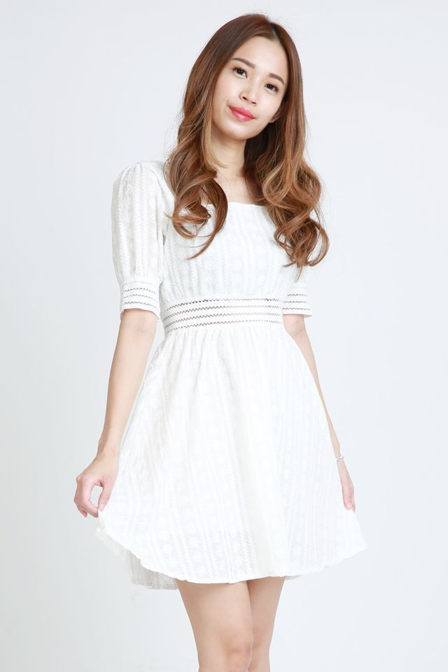BACKORDER - SQUARE NECK CROCHET DRESS IN WHITE