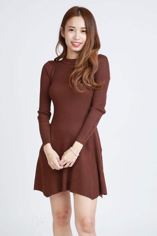 SG IN STOCK - GROVER KNIT DRESS IN BROWN