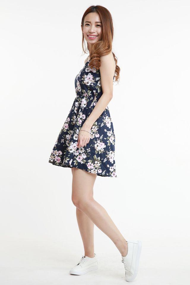 BACKORDER - OLIYA FLORAL DRESS IN NAVY