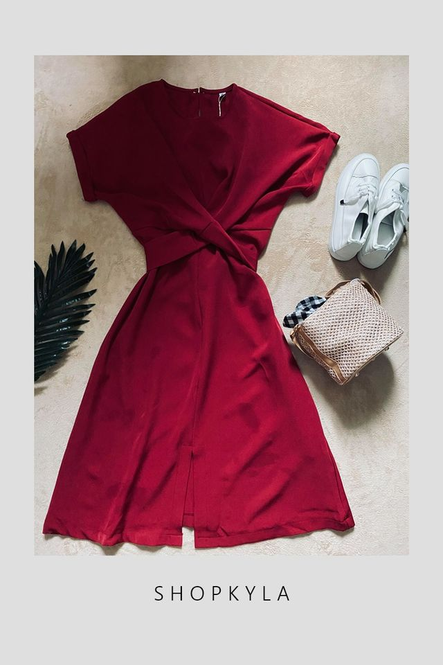 SG IN STOCK-SONNY TIE WAIST  DRESS IN MAROON